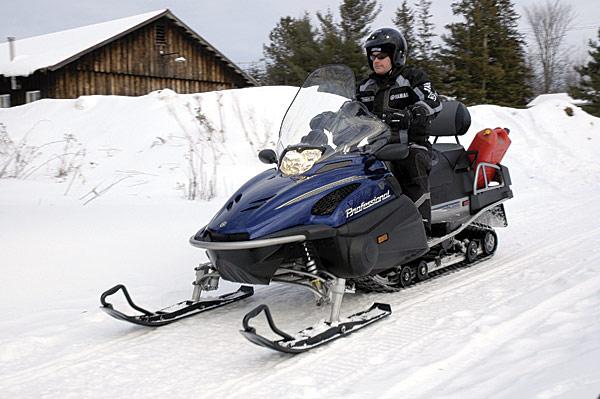 снегоход на запчасти купить на авито